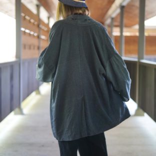 【Atozome】oversized dark gray buttonless haori jacket
