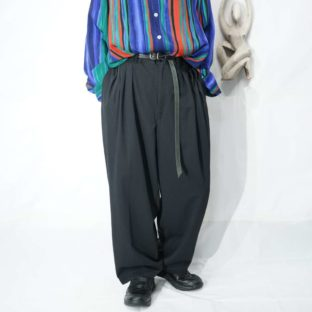 black toromi 4tuck wide slacks