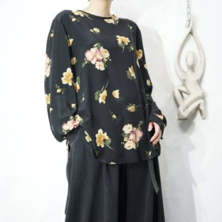 mode black flower pattern terotero silk cut&sewn *