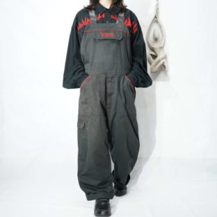 fade black base red piping cargo overall *