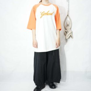 【MARITHE FRANCOIS GIRBAUD】orange × white embroidery design raglan tee *