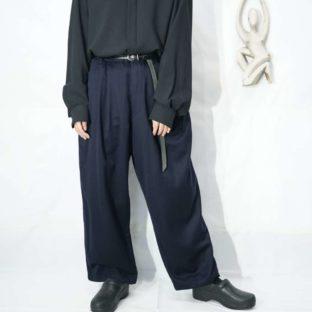 drape silhouette navy color 4tuck wide slacks