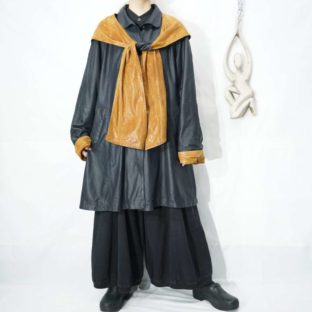 bi-color scarf like design leather coat *