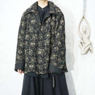 monotone flower pattern reversible shrink design jacket