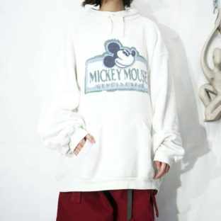 oversized MICKEY print fleece high neck pullover *