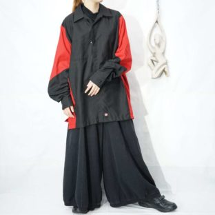 NOS oversized black × red switching work shirt *