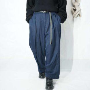 drape fabric deep navy 3tuck wide slacks *