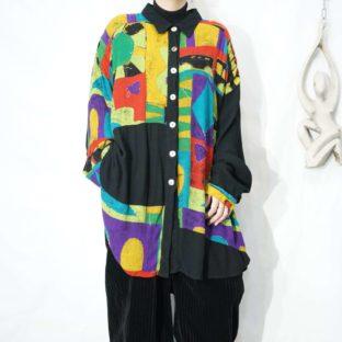 oversized black base bijou embroidery × pleats art design shirt *