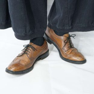 beautiful brown wingtip leather dress shoes *