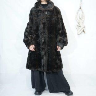 dark brown wale design fur coat *
