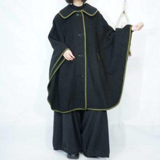 vintage black × green Tyrolean design poncho *