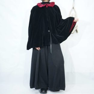wine red × black fakesuede poncho pullover *