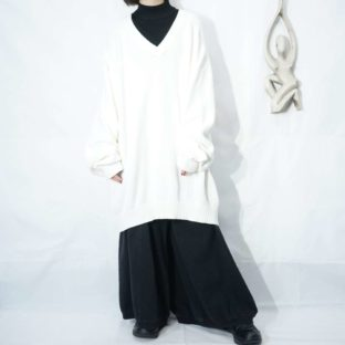 oversized white color cotton knit *