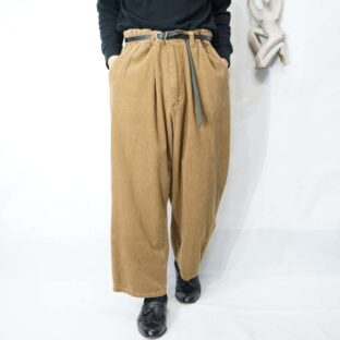 【KING SIZE】oversized camel brown tuck less wide corduroy pants