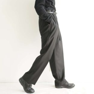 mode black satin side line 1tuck slacks