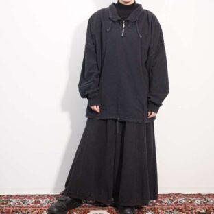 high neck drawcode design black pullover