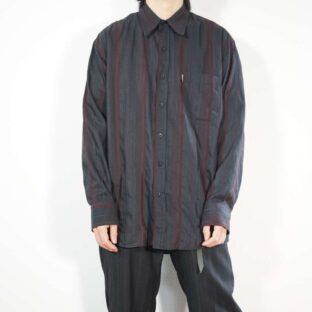 black × red glossy chaos stripe shirt