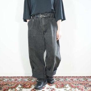 2tuck design baggy black denim slacks