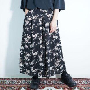 black base pale tone flower pattern wide hakama pants