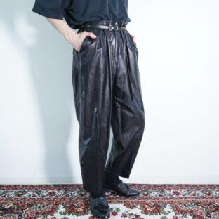 mochi mochi leather 2tuck leather pants