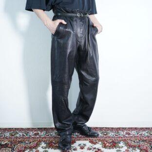 mochi mochi leather point leopard leather pants