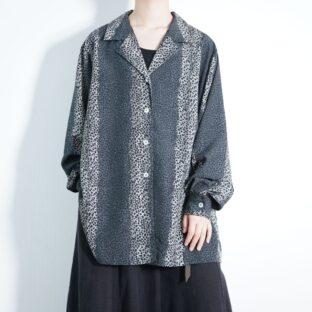 monotone leopard pattern open-collar shirt